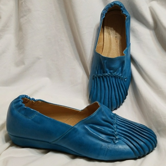 24fe298a3708 Chocolat blu shoes chocolat blu wedge pleated vic peacock blue jpg 580x580 Chocolat  blu turquoise